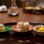 虎屋 壺中庵 - 2019.10 柿なます、炙りカマス寿司、栗と銀杏餅