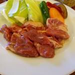 小岩井農場炭火焼バーベキュー食堂 - 国産ラムの焼き肉。国内の流通は数パーセントと少なく、珍しいようです。美味しかったです。