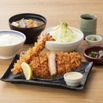 かつはな亭 - 黄金豚のロースかつ&海老フライ定食