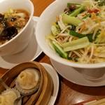上海小龍包 石庫門 - 料理写真: