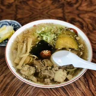 尾花屋 - 料理写真:牛ラーメン ¥900