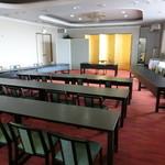 膳処くろひめ - 4F大ホールです。会議にもよく使用されます。当館で一番広いお部屋です。84名様まで入りますが、その他のスペースがお取りできないため、こちらも手寄生獣少人数は30~50名様程度となっております。