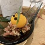 Grand rocher - マグレ鴨のタルタル うずらの卵の卵黄
