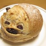 coton bakery - くるみレーズン