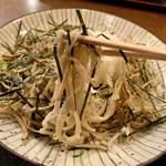 本手打 鯛屋 - ごぼうおろし 麺