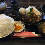 119593529 - 焼肉定食