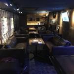ロコ イマナス - 内観写真:連結席で最大20名様迄のソファー席