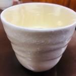 だるま - 日本酒は燗か常温のみ