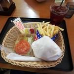 道の駅みさわ くれ馬パークレストラン - エアフォースバーガーセット¥660