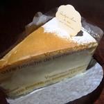 119605055 - チーズケーキ¥330
