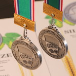 三田屋 - ドリンク写真:ンターナショナルビアカップ2019 揮八郎ピルスナー&ブラック 最高位ダブル受賞