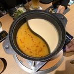 鶏一輪 - 地鶏発酵ダブル鍋