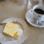 ペペチーノ - ドルチェセット コーヒーとシフォン