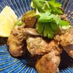 駅馬車 - 鶏レバーとハツのジャマイカ炒め