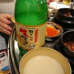 とんちゃん - 生マッコリボトル 1,700円