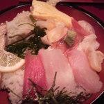 11963520 - ランチの海鮮丼(1,000円)
