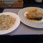 11963574 - ランチ・鰆とサーモンの重ね焼き、炊き込みご飯