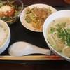沖縄ダイニング ヒロズカフェ - 料理写真:沖縄そばハーフセット