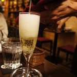 肉バル×がぶ飲みワイン ITARELI -