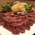 タンドール料理ひつじや - 羊肉のレアステーキ