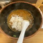 牧のうどん - 麺完食後のご飯をドボン。