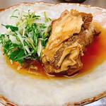 居酒屋 まち - 骨付き豚バラ肉の煮込み