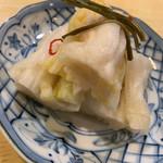 やきとり太珠 - 漬物¥450とお高めですがかなり絶品