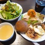 RIHE CAFE - パンのフルコース