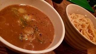 JAH - つけ麺 中