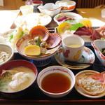 味処・民宿 まつや - 料理写真: