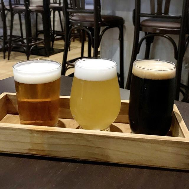 クラフトビール&イタリアンバル レイブンズの料理の写真