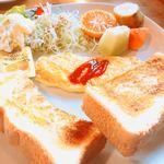 ログキャビン - モーニング・トースト600円