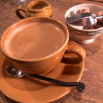ア・ラ・カンパーニュ - セットのコーヒーもたっぷりでウレシイ。