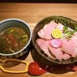 満天うどん カジバノバカヂカラ - 料理写真:チャーシューつけ麺