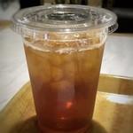 アペティート カフェ - ◆パラダイストロピカルティー・・いつも珈琲ですので、変えてみました。 何も足さずに頂きましたけれど、少し甘味を感じました。