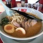 ラーメン山岡家 - 料理写真:特製味噌ねぎチャーシューにクーポン味玉