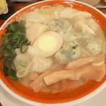 119692108 - 三種盛雲呑麺