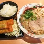 尾道ラーメン 麺や 一六 -