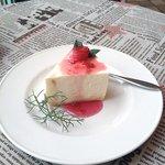 11971170 - バラのレアチーズケーキ