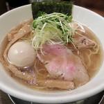 119717474 - 【(限定) 煮干しと貝の淡麗醤油そば + 味つき煮玉子】¥950 + ¥100