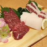 馬肉専門店 虎桜 - 馬刺し3種盛り