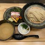 麺家 幸先坂 - 三河赤鶏と魚介の濃厚つけ麺