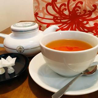 紅茶好きにはたまらない、香りを楽しむ『ムレスナティー』