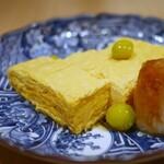 神宮の蕎麦 - 出汁巻き卵、銀杏