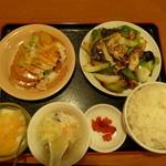 同源 - 料理写真:八宝菜定食 1080円