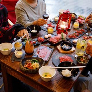 小杉Mビル最上階!開放的な店内で焼肉&肉寿司忘年会♪