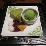 京はやしや - 抹茶チーズケーキと煎茶(温)のセット