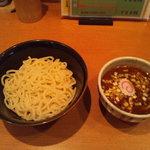 響き屋 - 辛いつけ麺