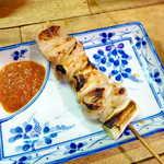 弁慶  - 上ミノ串(¥250)。決して硬くない、あくまで優しい食感なのに、コリコリとした快い食感が同居する