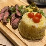 ステーキ&ローストビーフ食べ放題 個室 肉バル MEATBOY N.Y - ガーリックライス